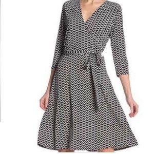 Leota Printed 3/4 Sleeve Surplice Tie Waist Dress